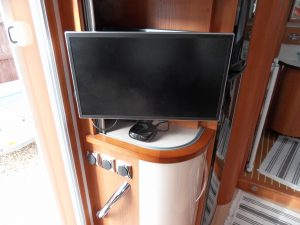 Avtex TV with Now TV box, all 12v.